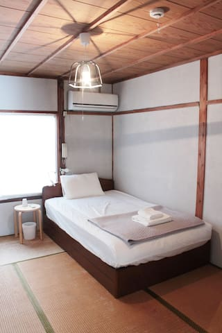 near kyoto station + 2 bicecle - 京都市下京区 - Huis