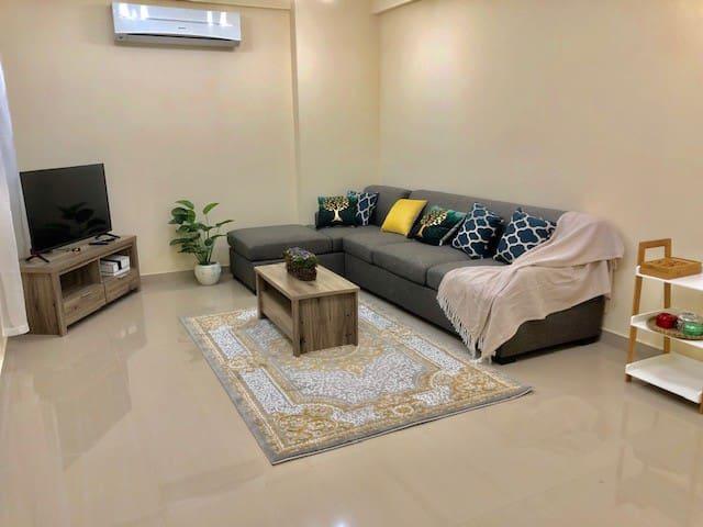 Luxury Apartment in the heart of Muscat in Qurum
