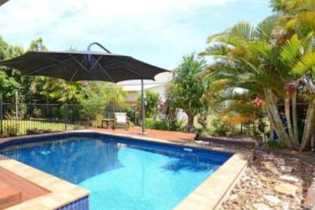 Luxury Style & Prime Location - Urangan