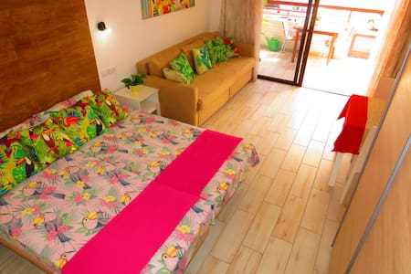 NICE APARTMENT  150m from beach+private parking