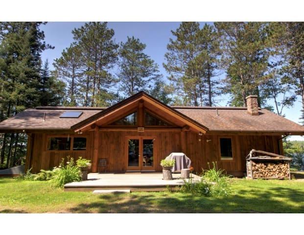 Camp Emily on Burntside Lake - Ely - บ้าน