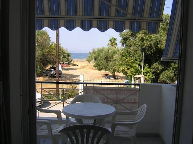 Studio A2 (sea view) - Skala Fourkas