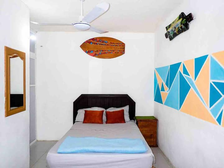 Happy Hippy Hostal 2 // by Leo y Raquel