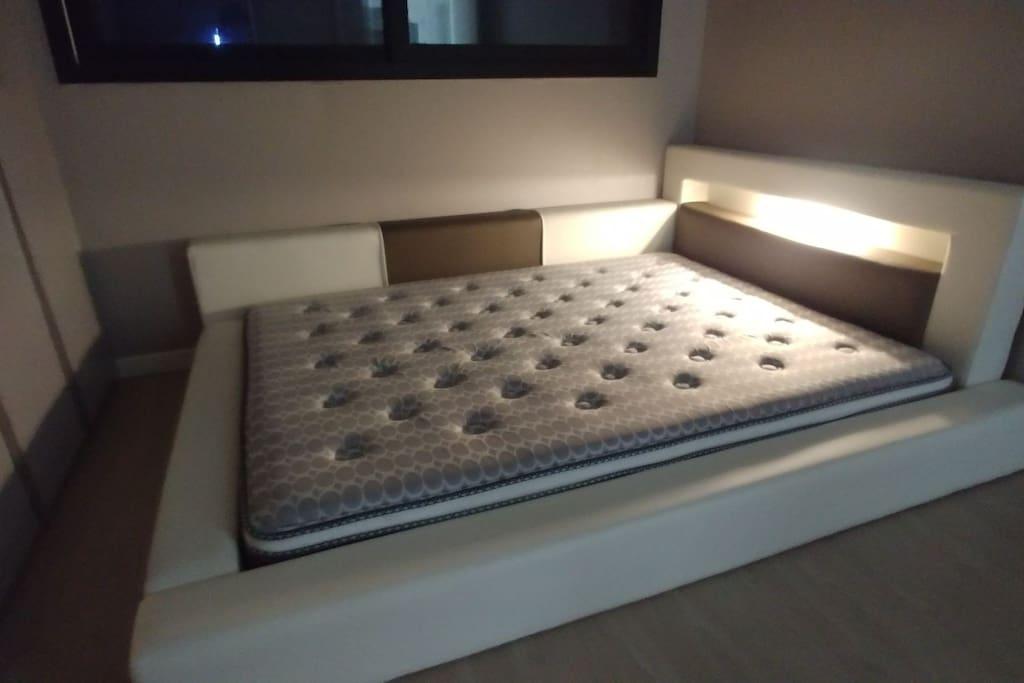 침실1- 집보다 편한 침실