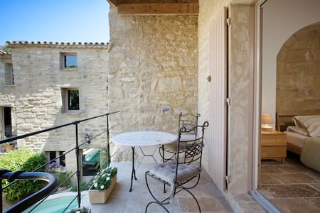 Stone cottage in St Siffret nr Uzès - Inny