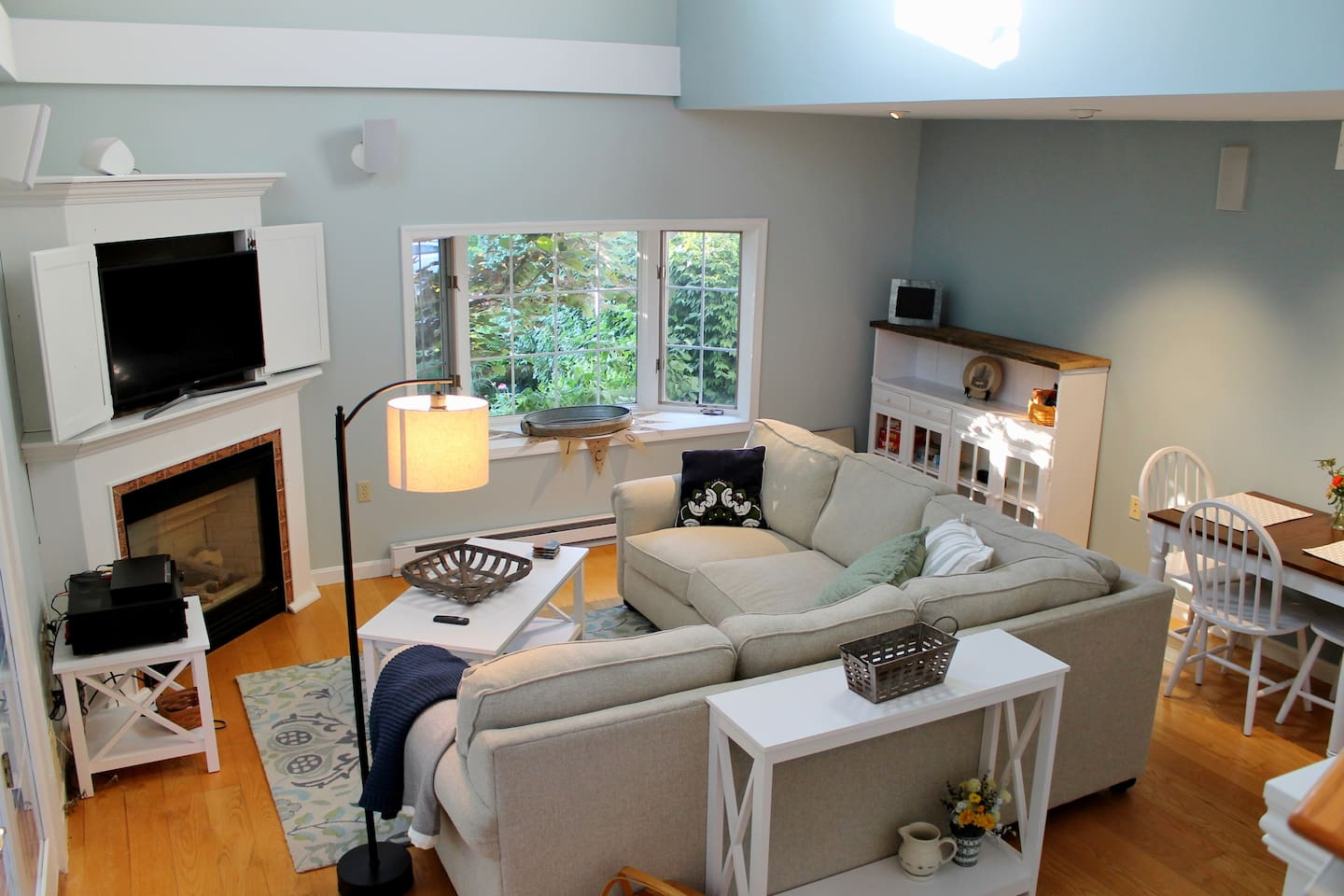 Newly remodeled living area.  Quiet, private and fresh cottage like feel
