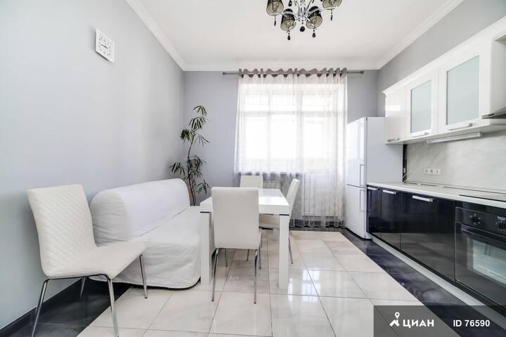 Видовая 3-х комнатная квартира в Крылатском