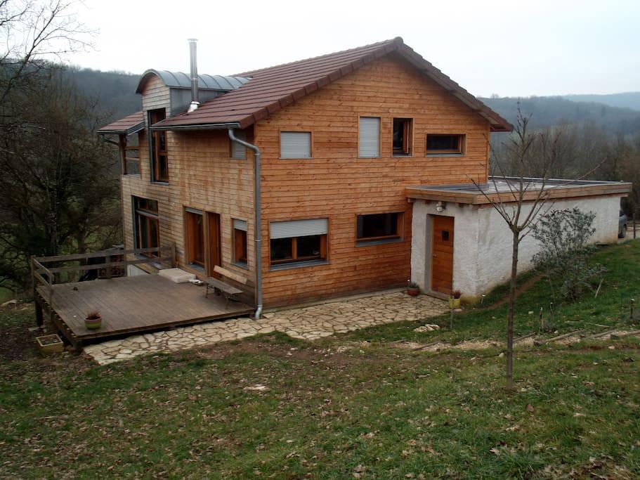 Maison bois maisons louer la chapelle sur furieuse for Maison container franche comte