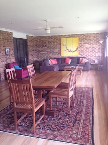 Great family house with pool, 5 mins from beach - Lennox Head - Casa
