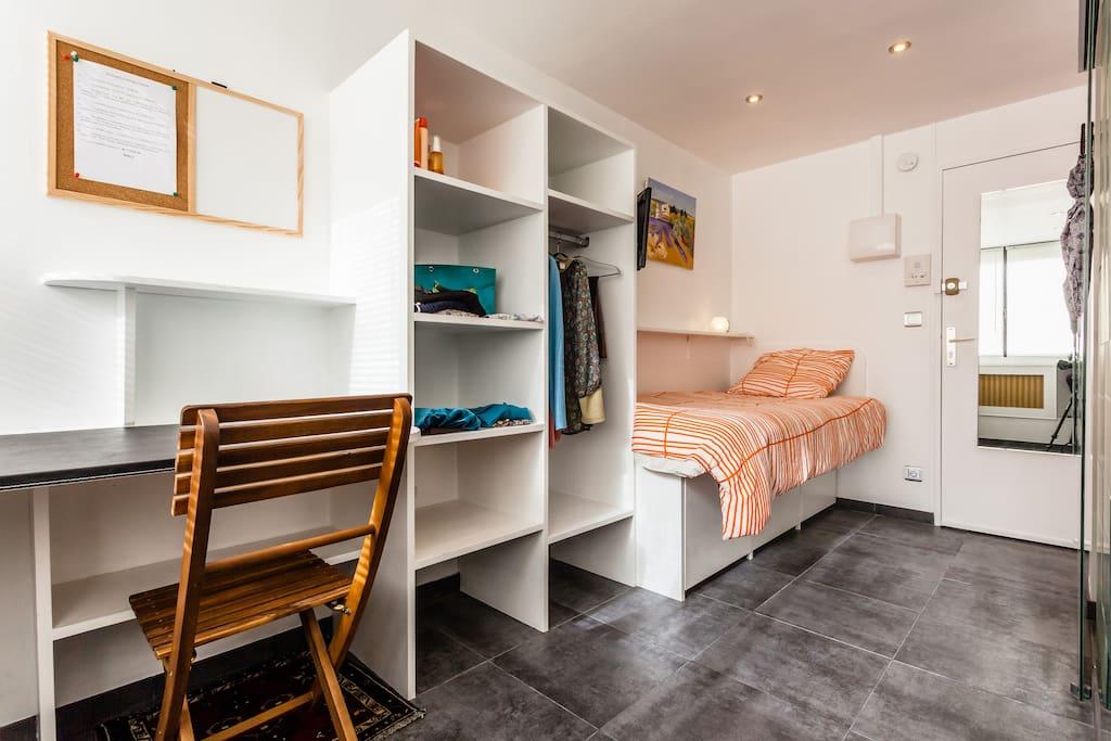 Hypercentre talleyrand studio apartments louer reims champagne ardenne france - Piscine talleyrand reims ...