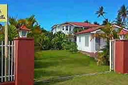 The Tropical Villa - Studio House
