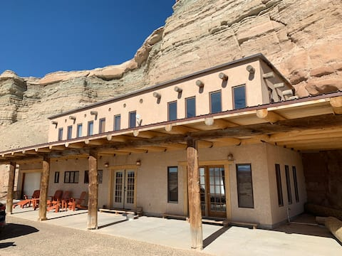 The Doll House Ranch - A Desert Paradise