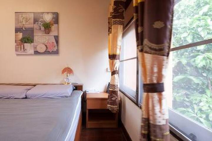 新店促销Dream House|单独房间|家|周六夜市|闹中取静|吃货房东|乳胶枕头|做饭烧烤