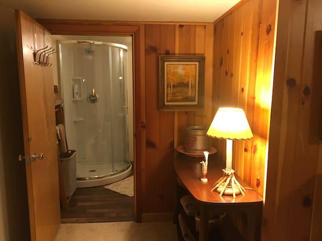 The Den at the Chill Inn 2 Room Den w/common area