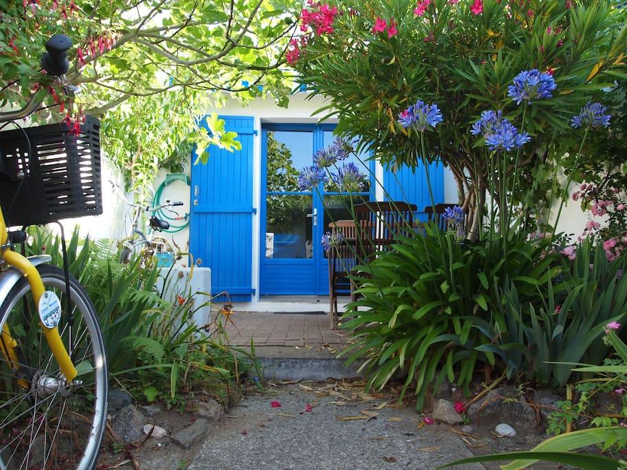 Ile d 39 yeu jolie maison proximit port joinville for Location garage ile de france