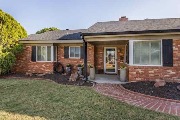 Centrally Located in OKC | Beautiful 3-Bed Brick