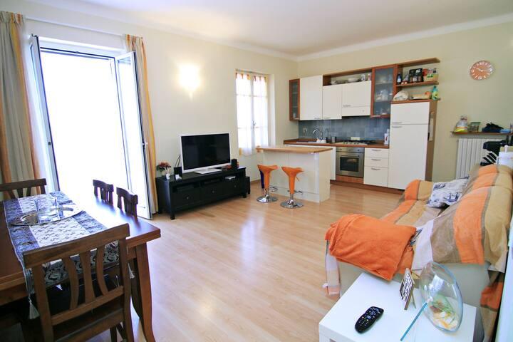 Bilocale Sanremo Splendida Vista - San Remo - Lägenhet