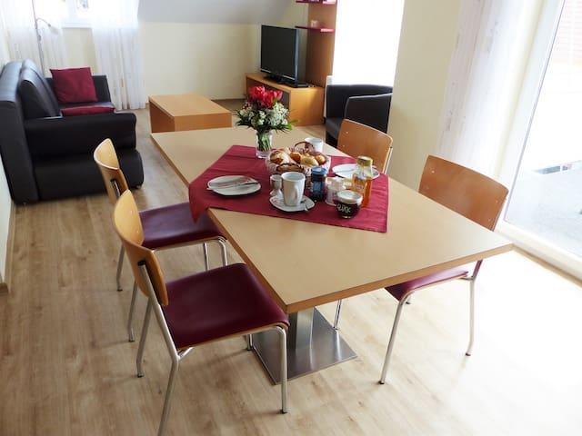 Ferienwohnungen Rist, (Immenstaad am Bodensee), Ferienwohnung Nr. 4, Typ C, 3-Zimmer-Fewo, 70 qm