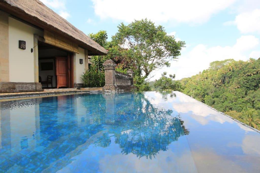 Private pool at srikandi villa