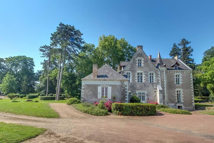 Gîte de charme au bord de la Mayenne
