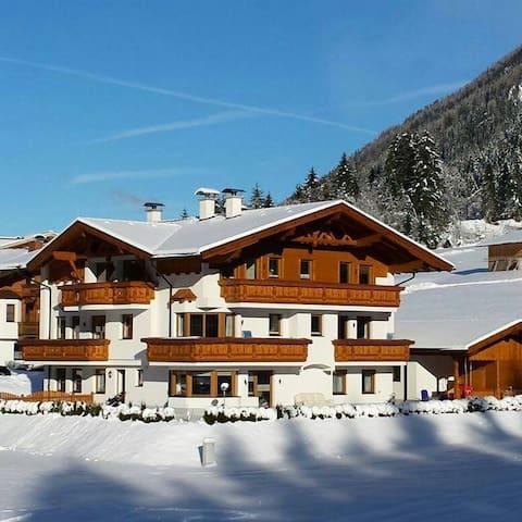 Alpenchalet Vital 1 Schlafzimmer für 2 -4 Personen