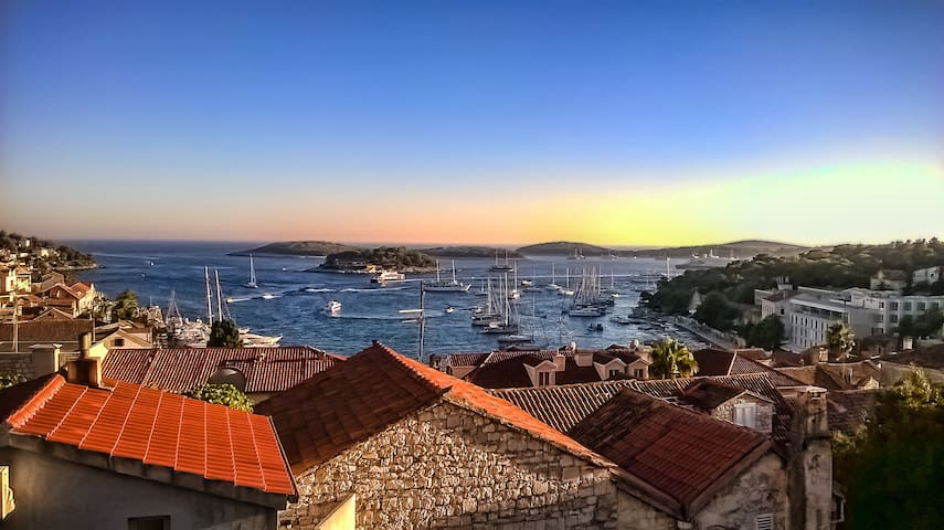 HEART OF TOWN HVAR ROOM WITH AMAZING VIEWS