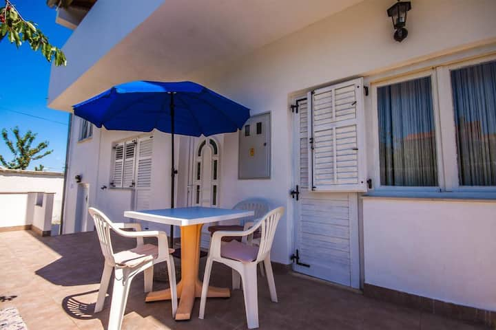 Two bedroom apartment with terrace Zadar (A-13910-a)