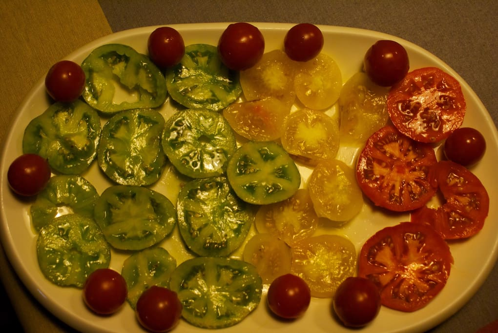 Tomaticos de la huerta propia