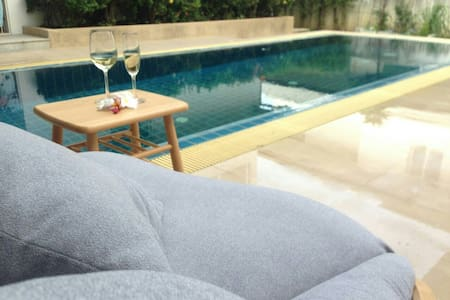 [V_SB_3] 4BR BEACH HOUSE - Pattaya - Vila