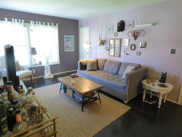 Temporary Rental in Cutest, Trendiest Apartment - Burbank - Appartement