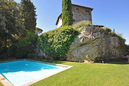 Villa Petra,with pool in Chianti - Greve in Chianti - Villa