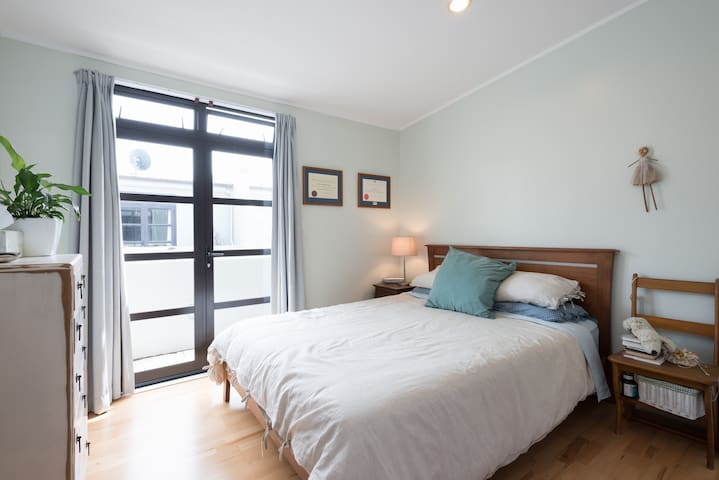 Light and modern inner city pad - Wellington - Appartement