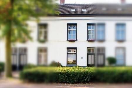 Kamer in een huis uit 1853 in Helmond centrum