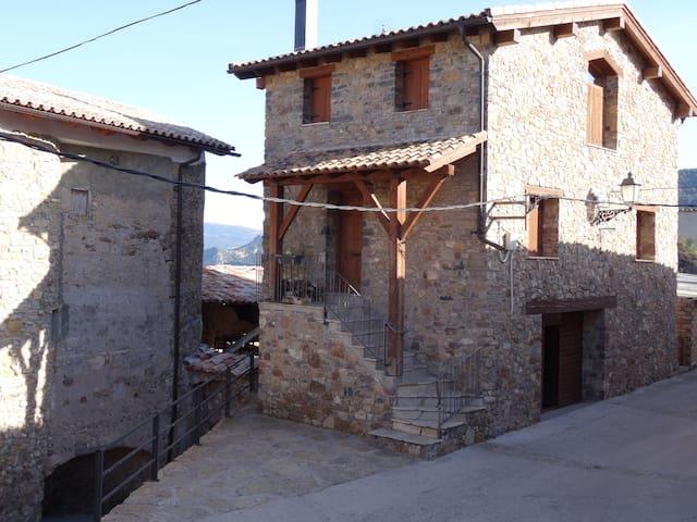 Casa Astasia - Montcortes de Pallars - House
