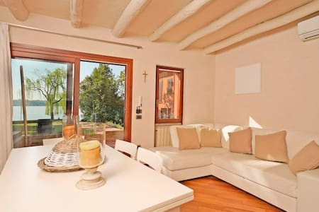 Sweet  home on Garda lake
