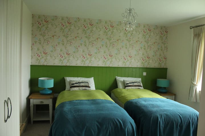 Bed and Breakfast in Luachra Lodges' Teal Room
