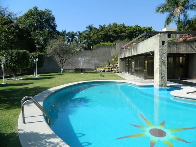 Amazing room and pool - Cuernavaca - Casa