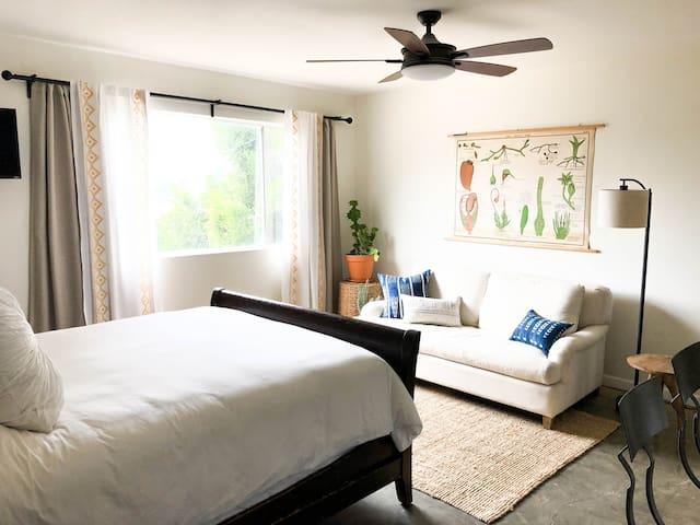 Serene Silver Lake Suite