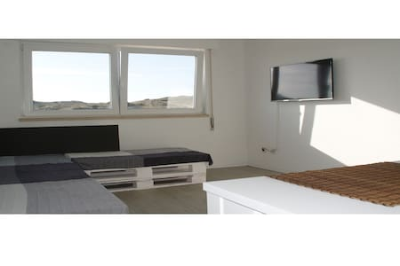 Sunsets - NEW apartment at  Supertubos - Atouguia da Baleia