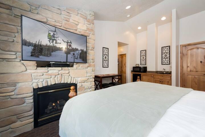Luxury Near Powder Mountain Resort C202A