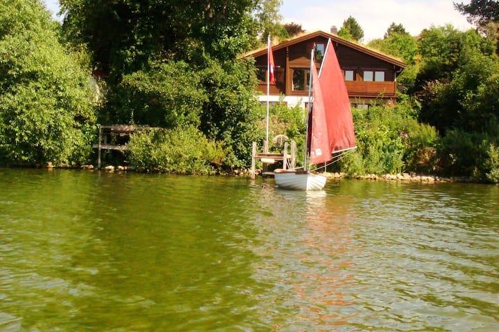 NEU Seeuferlage: Chalet direkt am Gr. Plöner See