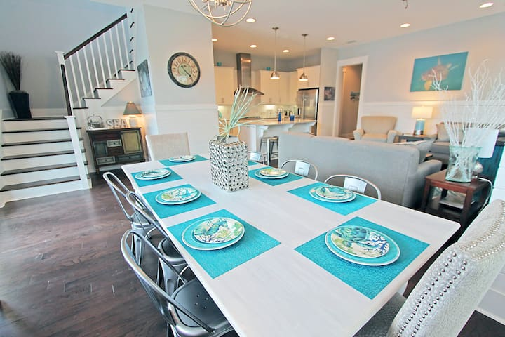 Brand New with 2 King Suites, Free Bikes! Heated Pool~ Octopus's Garden at Naturewalk 30A