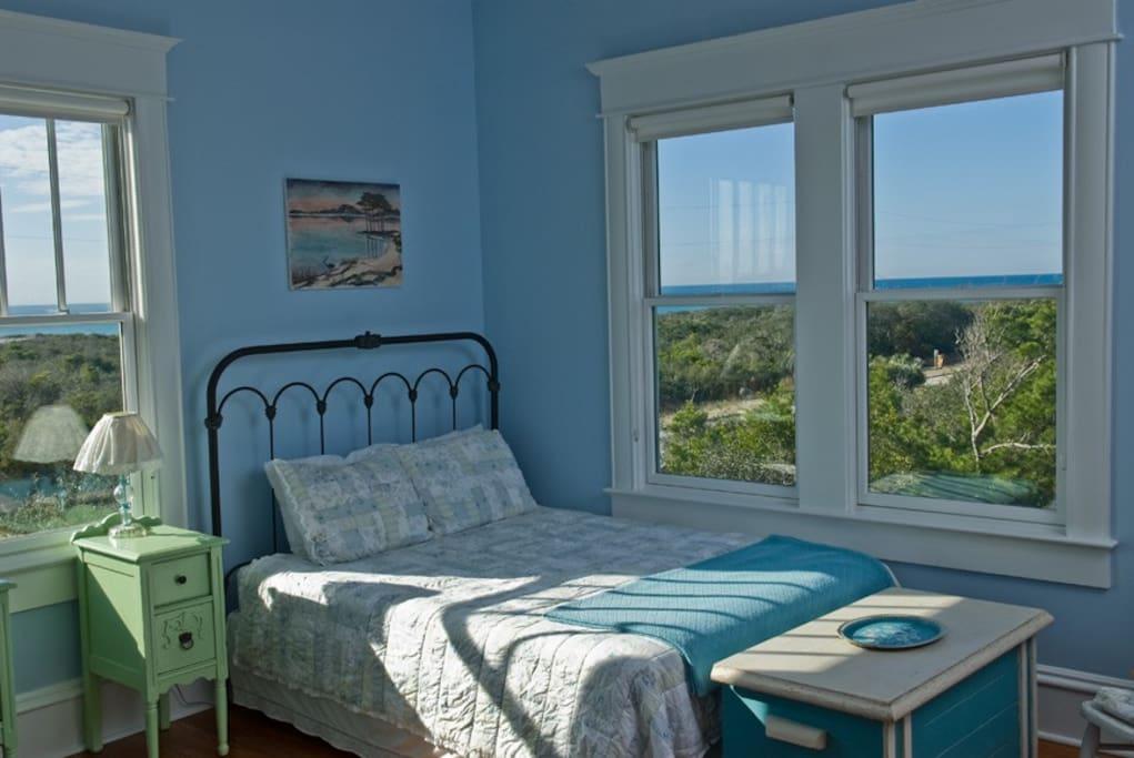 Wonderful ocean views from 2Q bedroom.
