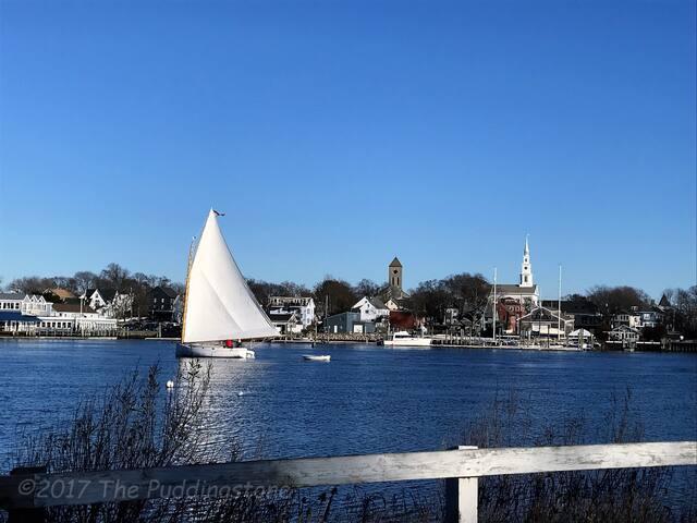 Sail on in to Warren, RI