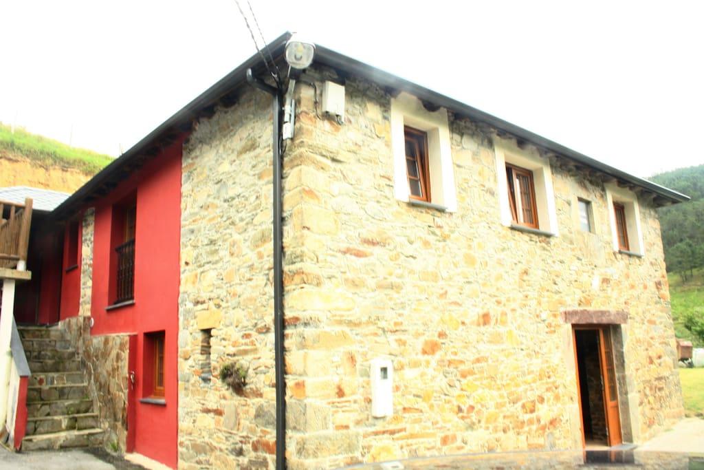 Vivienda vacacional casa roxo ii en entorno rural - Casa rural luarca ...