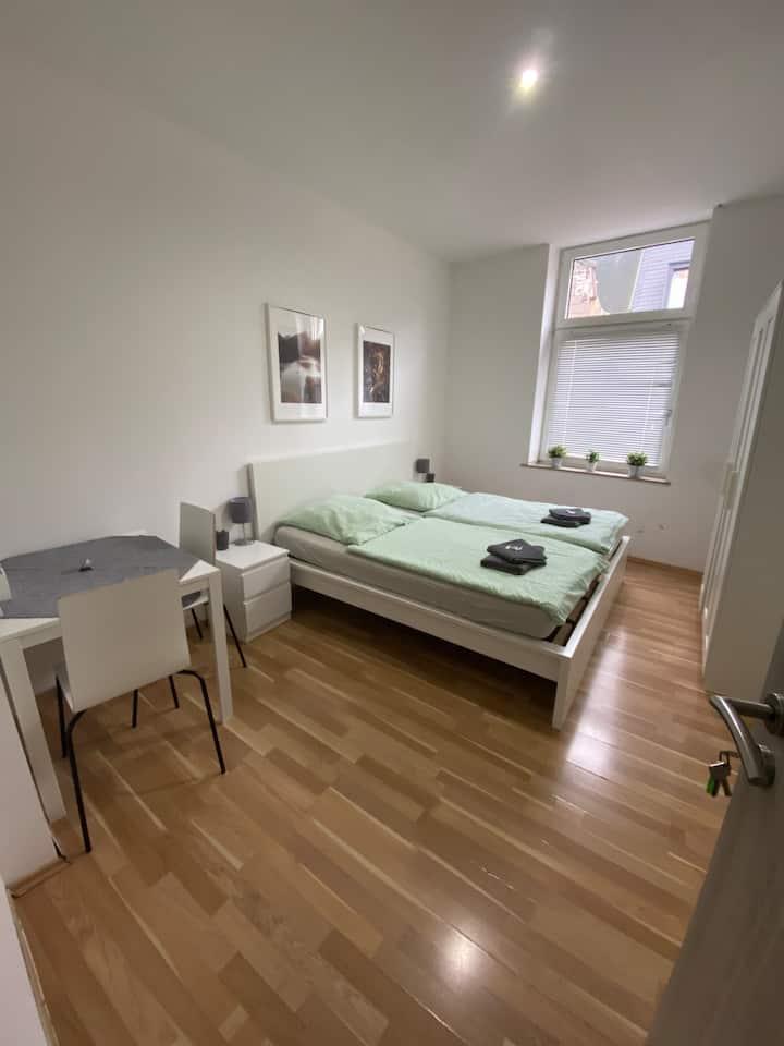 Doppelbettzimmer in Duisburg