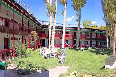 Hotel Shambhala - Leh - Bed & Breakfast