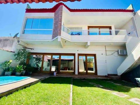 Casa+piscina+ gourmet + ar condicionado 8 pessoas