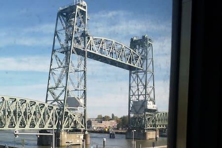 nice spot between the Rotterdam bridges