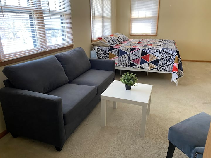#3 Awesome Home Private Room 30days+ Close to city